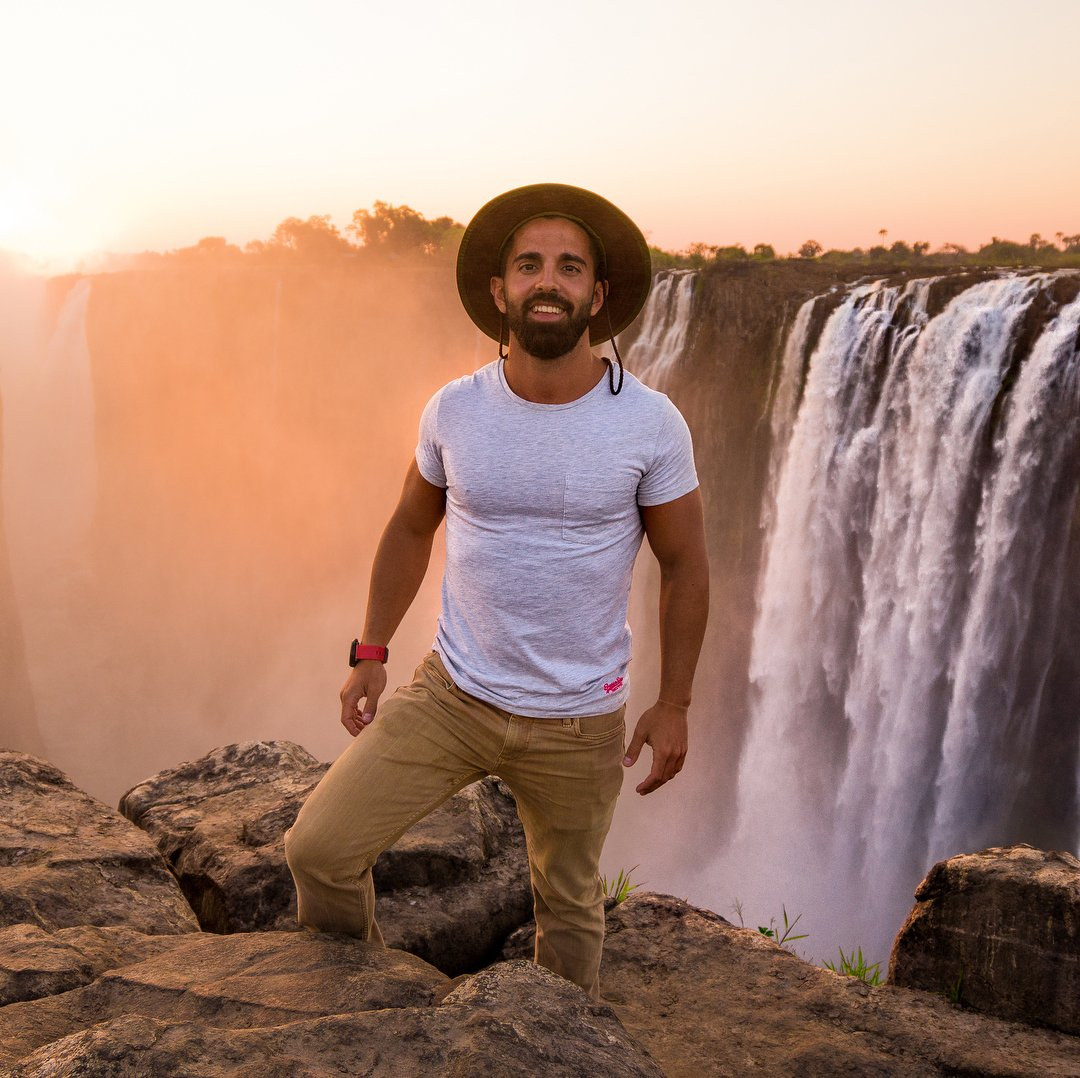 Meet the Spaniard Travelling the World